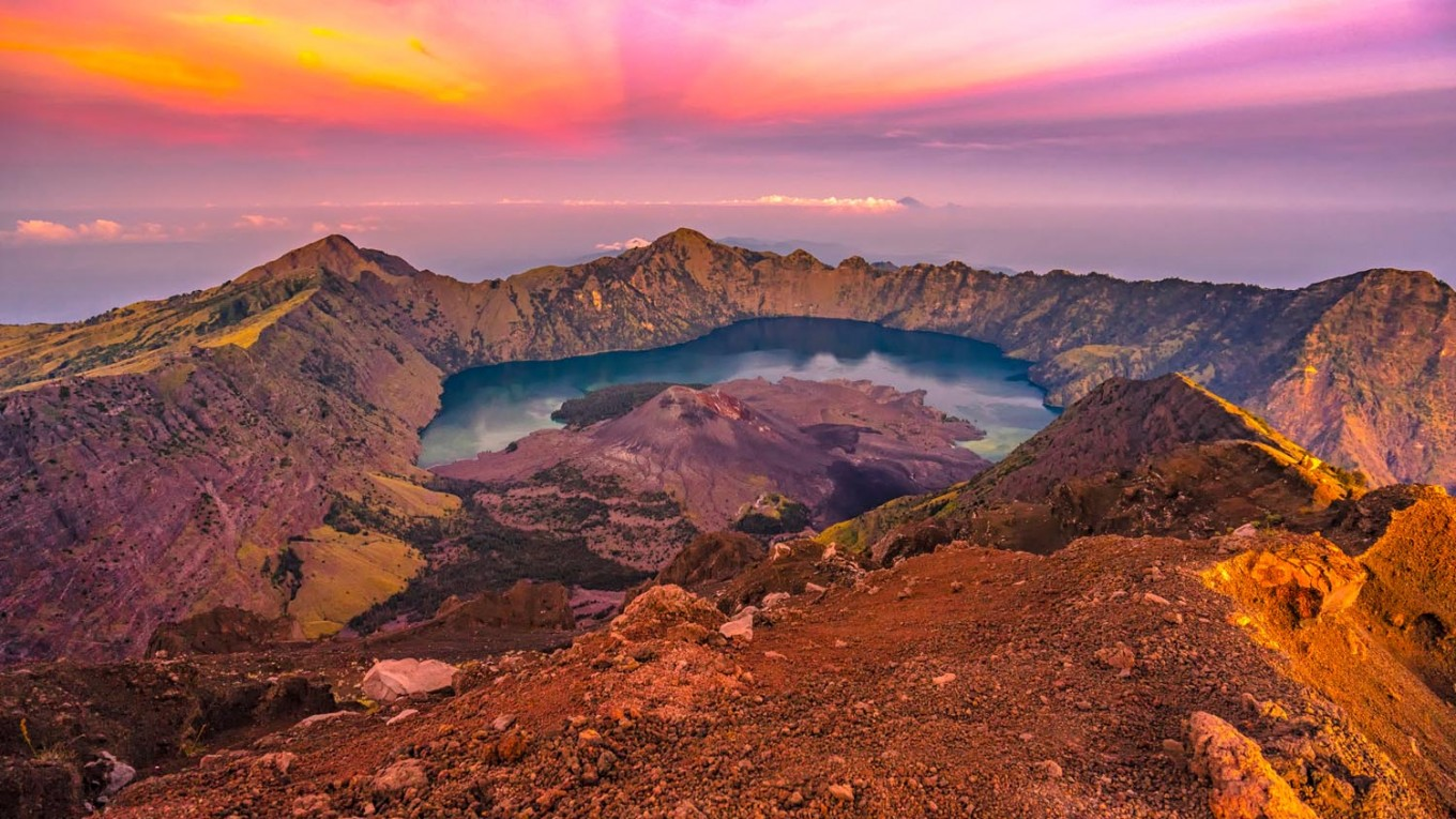 Hiking trail on Mount Rinjani to be reopened