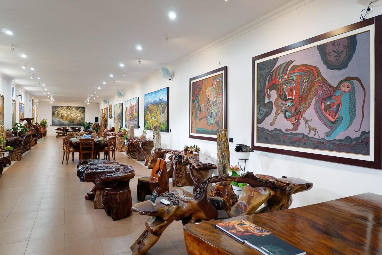 Ohana art gallery: A gem in rare space