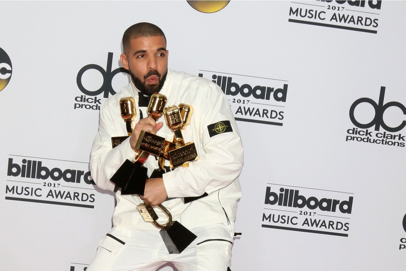 Drake is Spotify's most streamed artist of all time