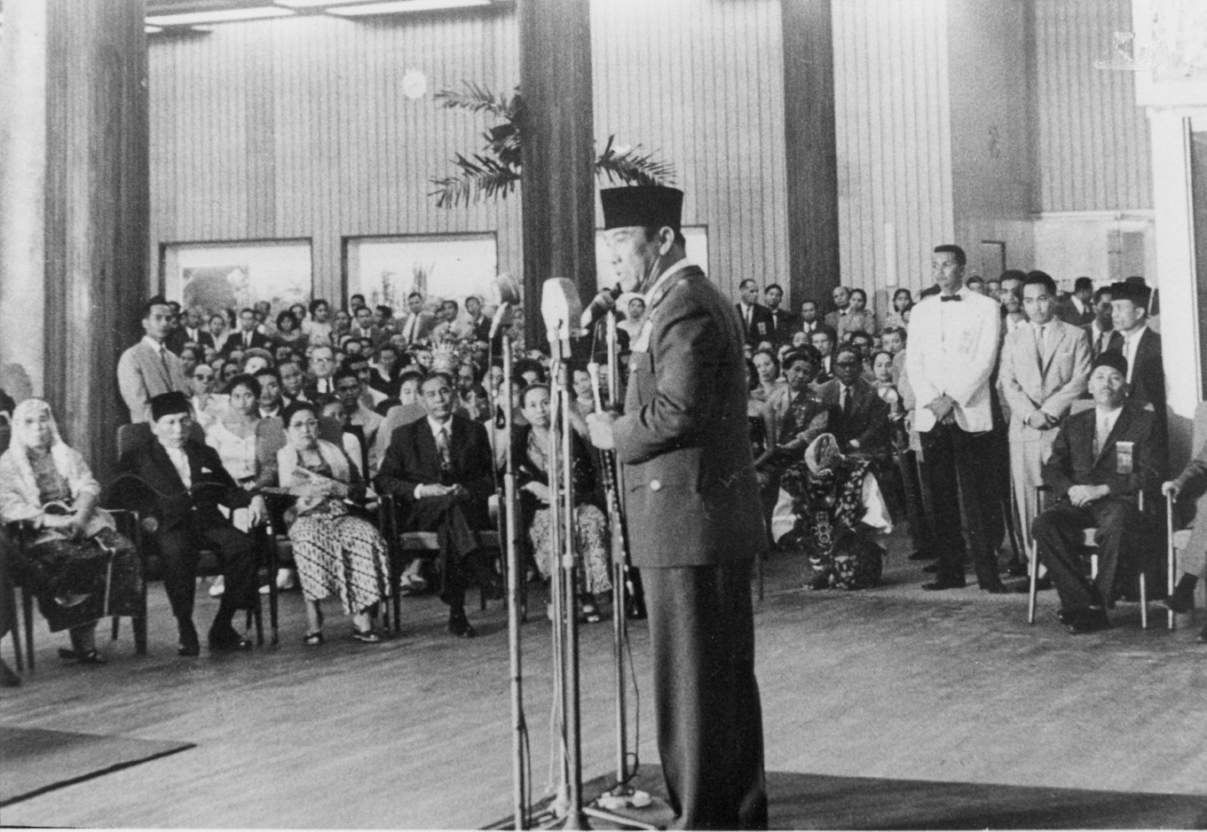President Sukarno gives a speech during the opening of Hotel Indonesia.