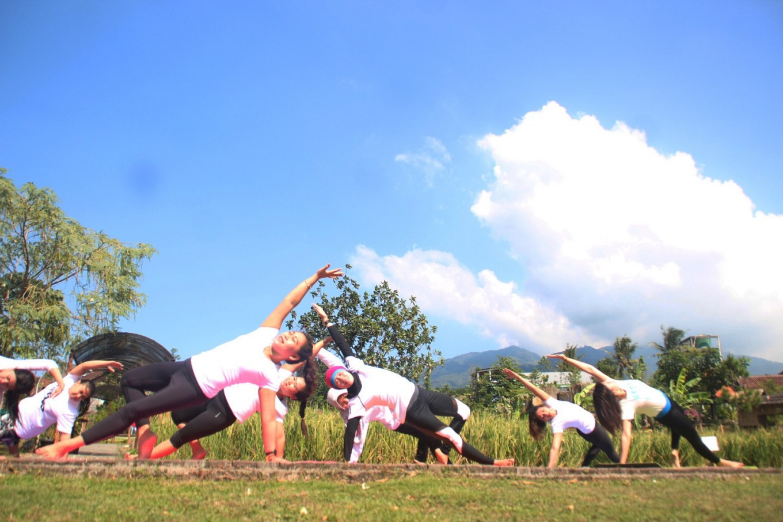 Women in Ungaran embrace yoga for health, beauty
