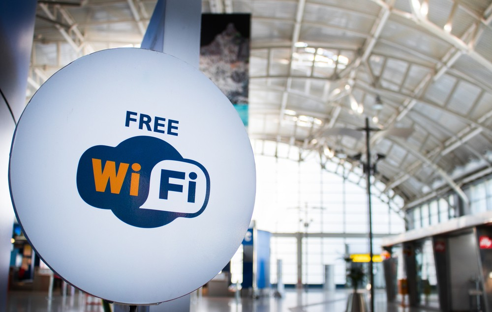 Tips for browsing safely using public Wi-Fi