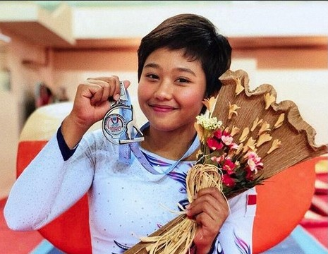 Rifda Irfanaluthfi won the country's only gold medal in gymnastics at the 2017 SEA Games in Kuala Lumpur.