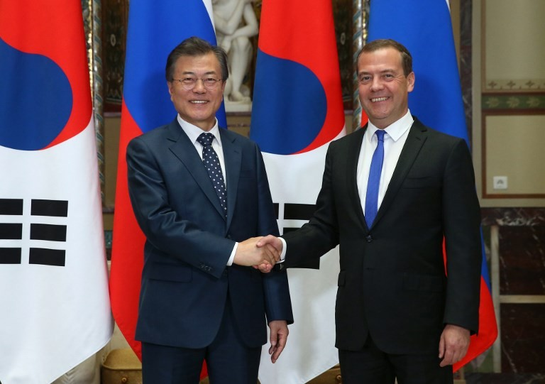 Further US sanctions would be 'declaration of economic war': Medvedev
