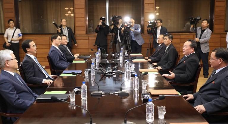Koreas hold high-level talks on third leaders' summit
