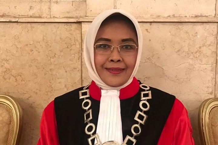 Jokowi picks Enny Nurbaningsih as new MK justice