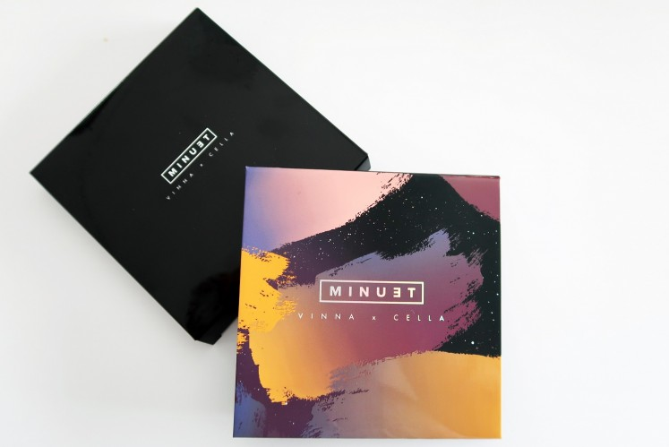 5-in-1 makeup palette by Minuet allows makeup enthusiasts to create both formal and informal looks.