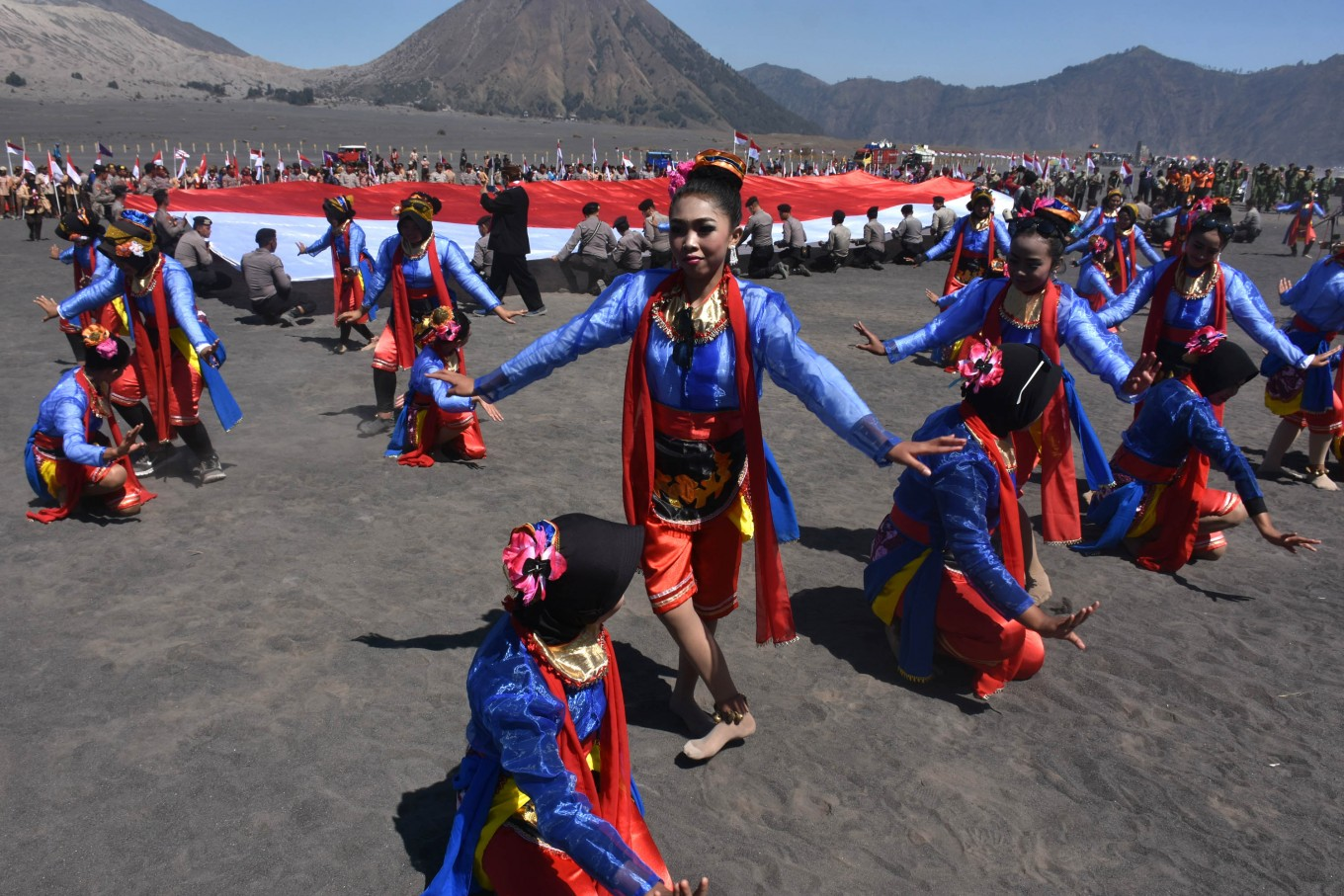 Dancers also enliven the event.