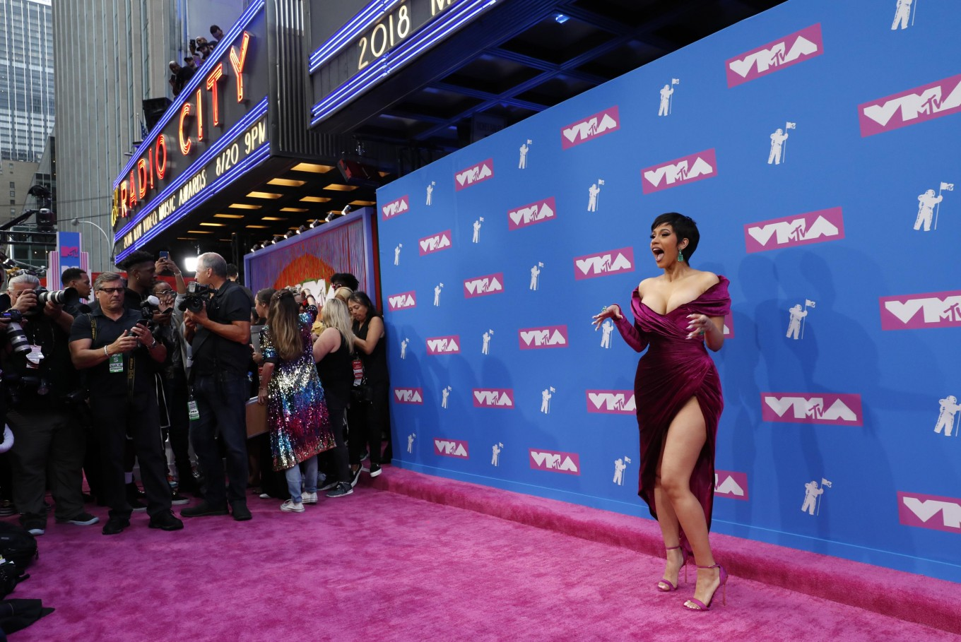 Cardi B opens MTV awards set to pay R-E-S-P-E-C-Ts to Aretha