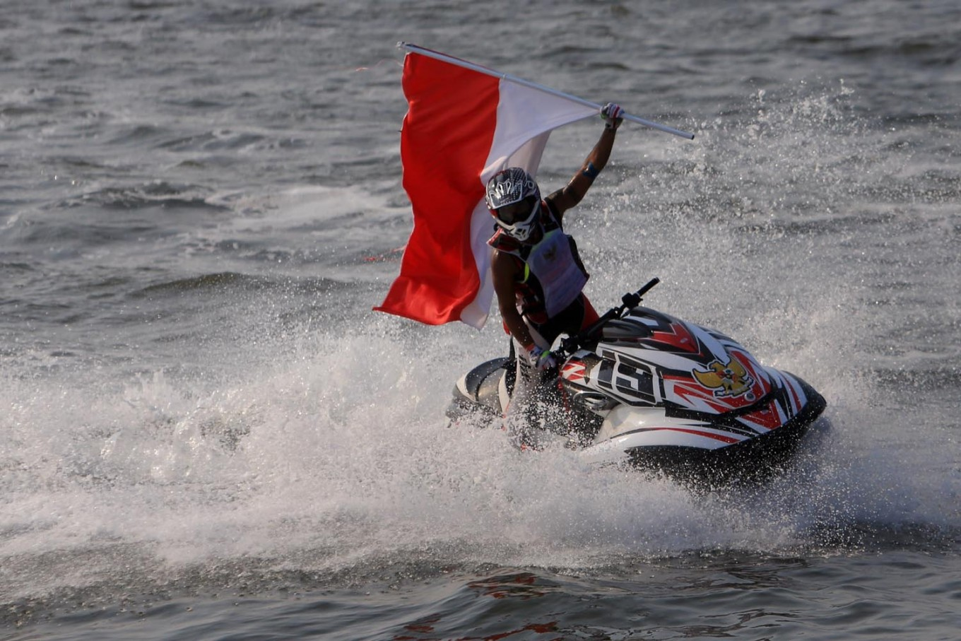 Asian Games: Aqsa clinches gold for Indonesia in jetski