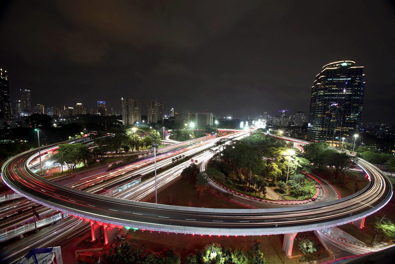 Traffic diversion implemented while Polda footbridge undergoes revitalization