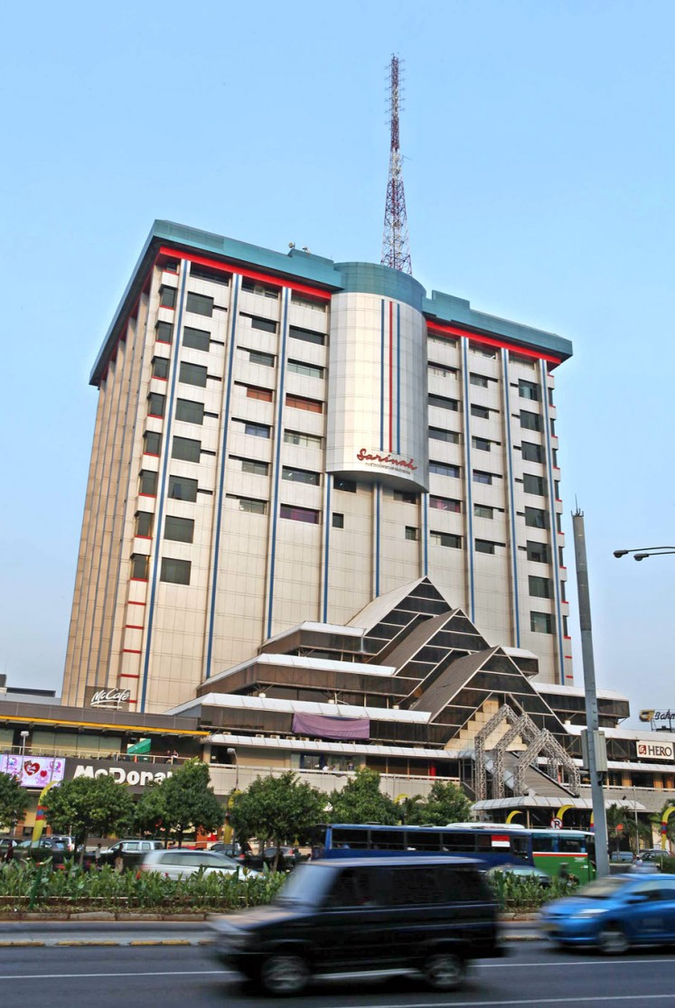 Survivor: Sarinah Thamrin department store was once the tallest building in Indonesia and was built in preparation for the 1962 Games. Nowadays, it houses thrift shops, restaurants and other businesses.