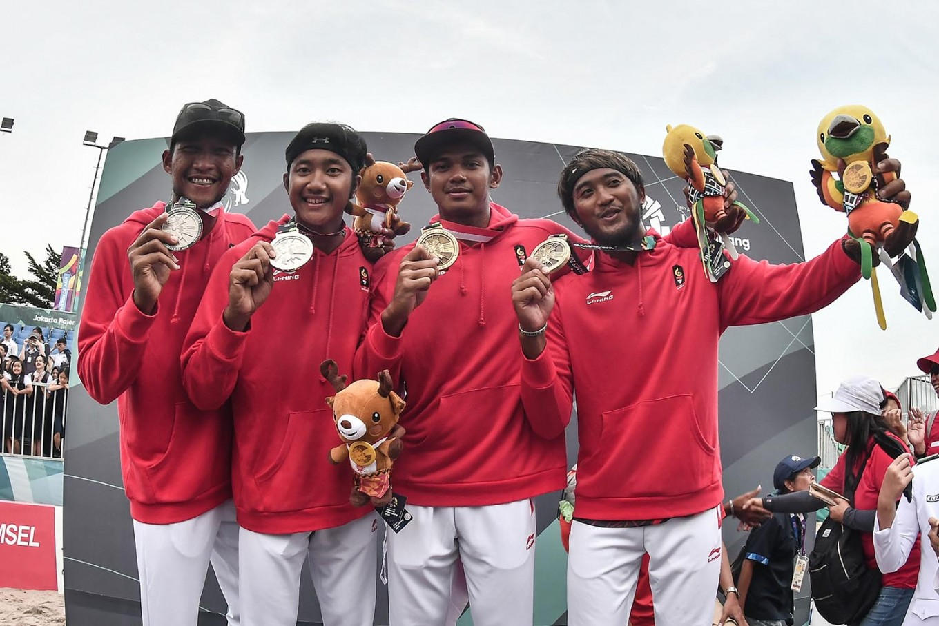 Asian Games: Indonesia earns silver in beach volleyball
