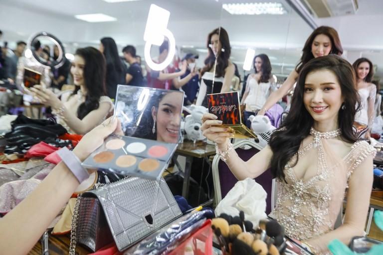 Cancer survivor inspires at Thai transgender beauty pageant