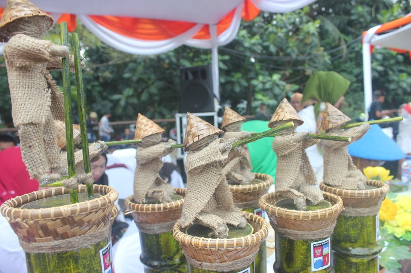 Various trophies for the winners, made of bamboo are on display at the Festival Kaulinan Urang Bogor, or Bogor Traditional Games Festival at GOR Pajajaran Bogor on Aug. 29.