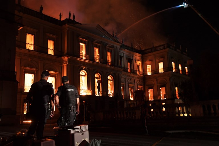 Raging fire tears through prized Rio museum