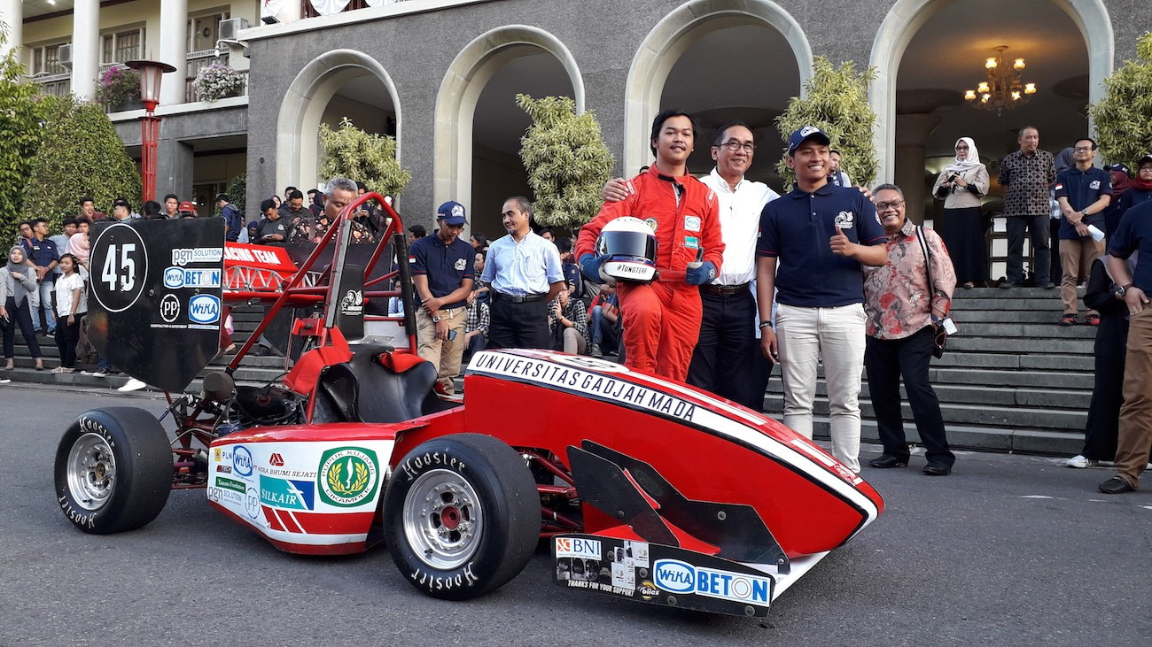 UGM team targets top 3 in Student Formula Japan 2018
