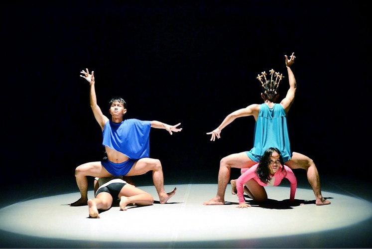 In between: Cablaka incorporates elements of dangdut koplo in contemporary dance.