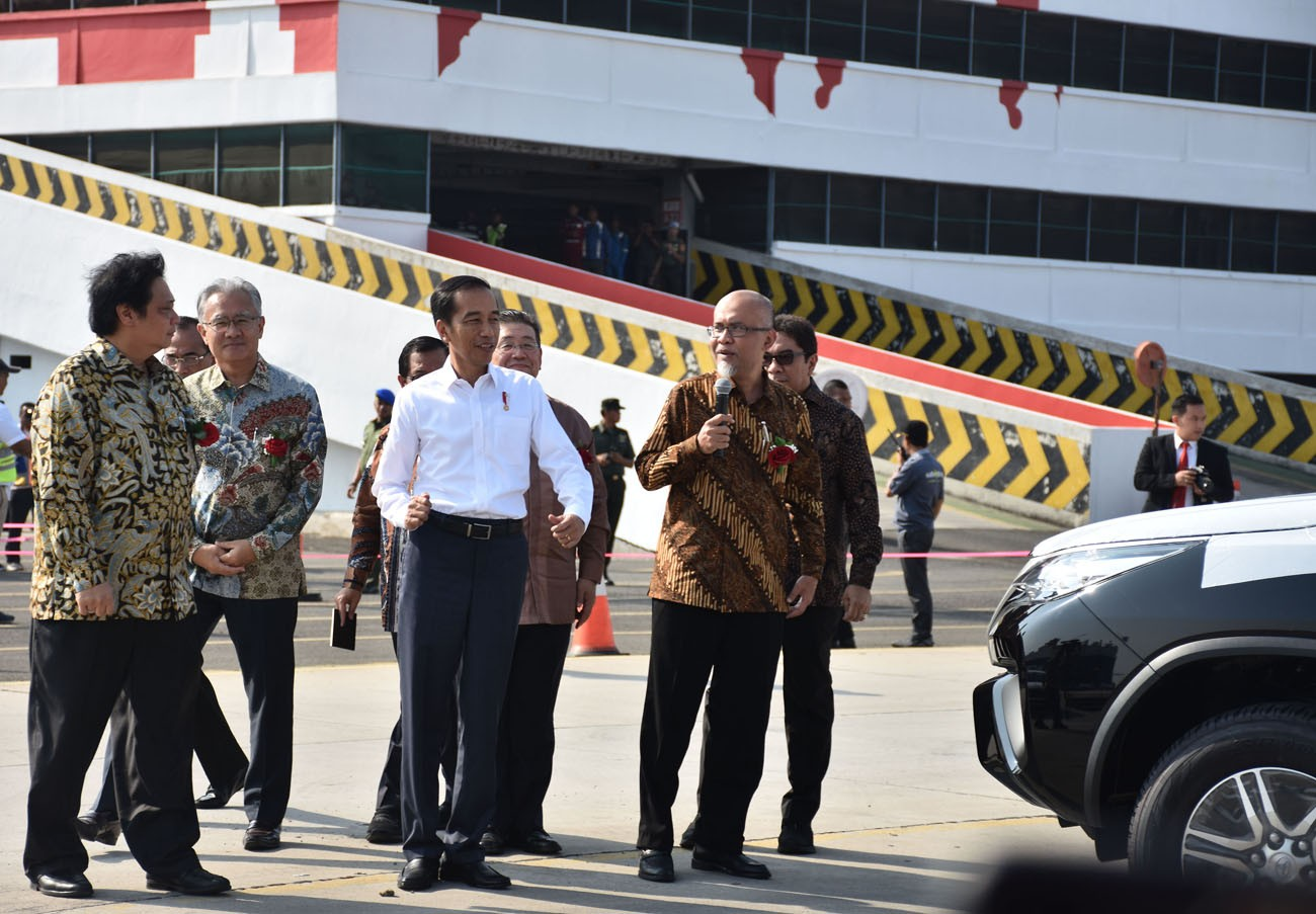 Toyota Indonesia marks 1 millionth car export