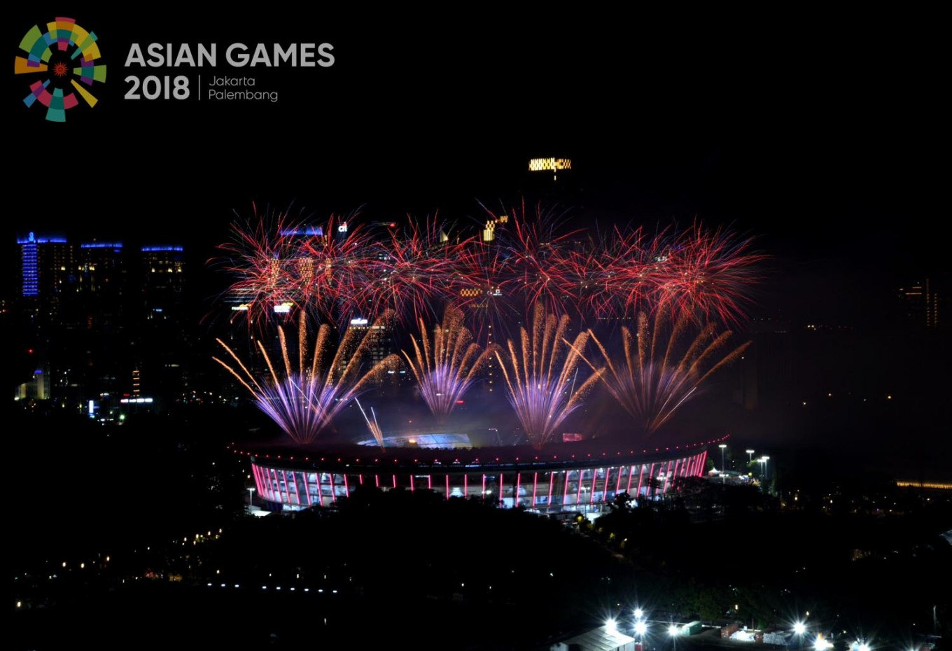 Fireworks explode over the Gelora Bung Karno Stadium during the opening ceremony of the 2018 Asian Games in Jakarta on Saturday, August.18. JP/ Wendra Ajistyatama