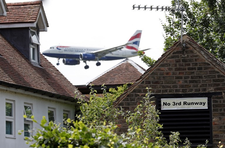 British Airways hacked with details of 380,000 bank cards