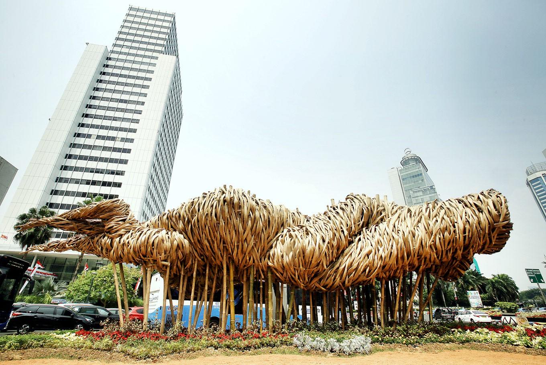 Joko Dwi Avianto: Weaving bamboo into art