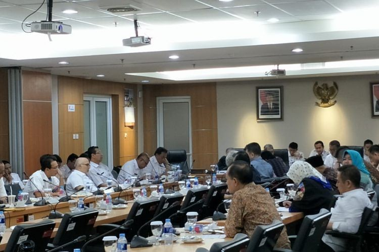 Proposed Rp 150 million budget for portrait of next Jakarta deputy governor rejected