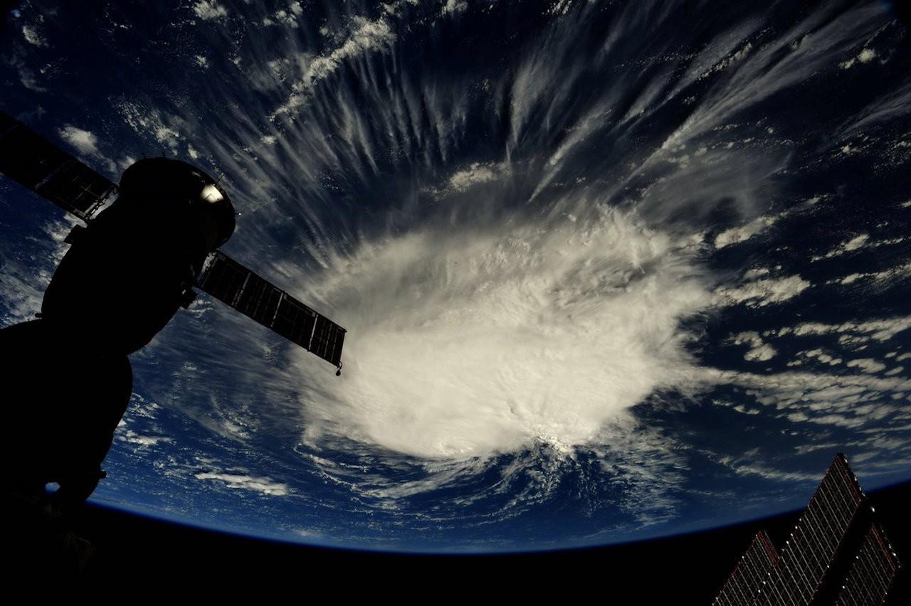 Hurricane Florence strengthens, churns toward US Southeast coast