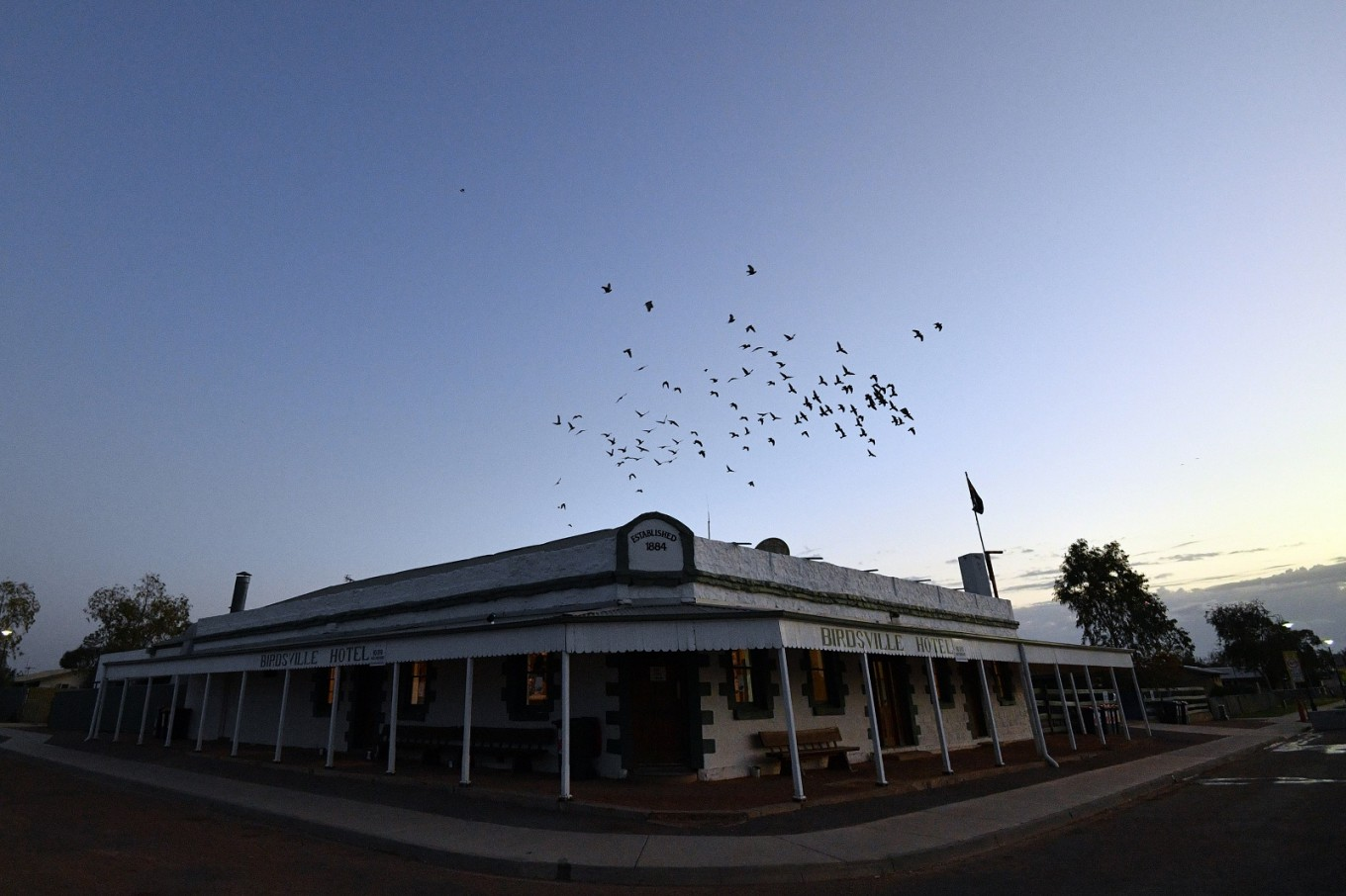 For sale: Australian pub in the middle of nowhere