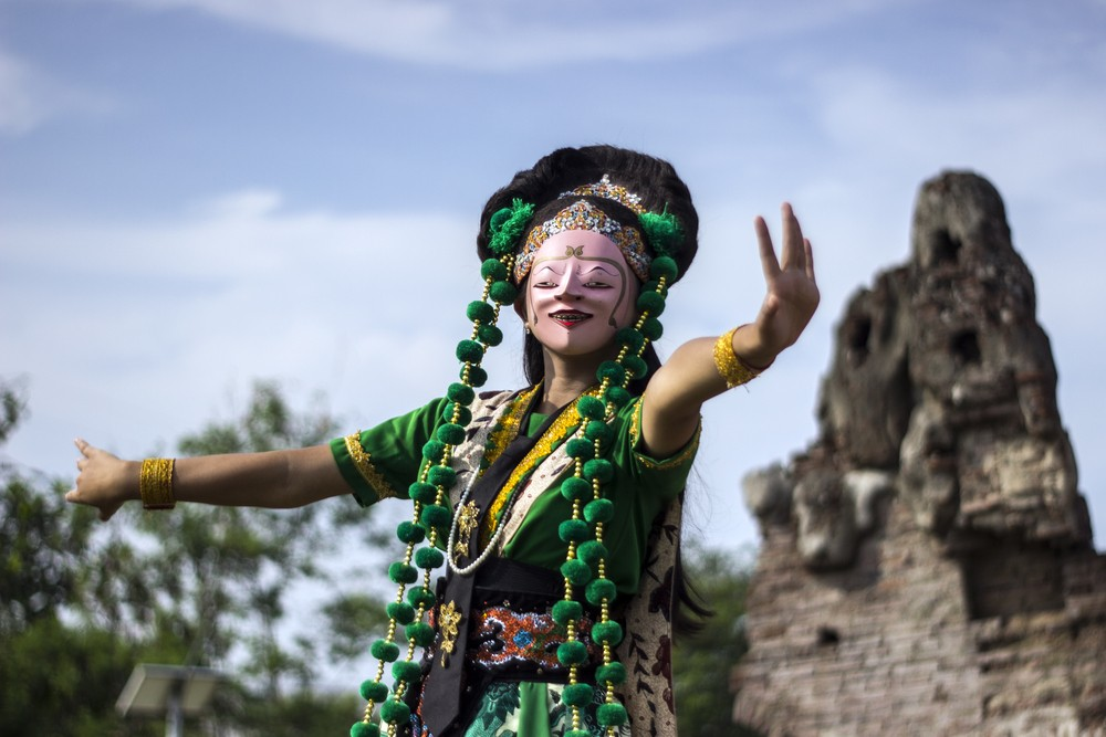 Jogja International Street Performance seeks to lure more tourists