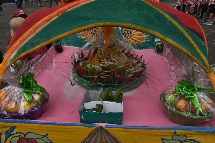 A collection of offerings carried during the parade.