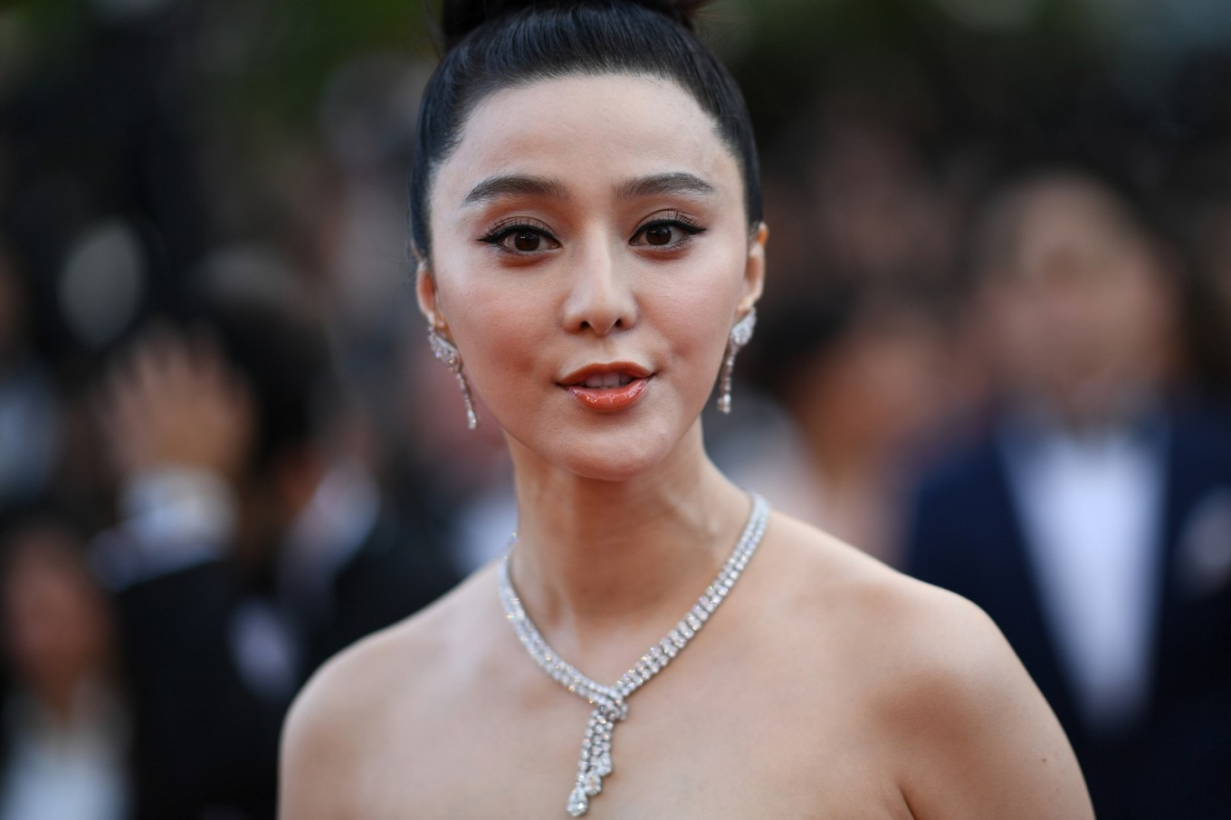 Vanished China star Fan Bingbing last in 'social responsibility' ranking
