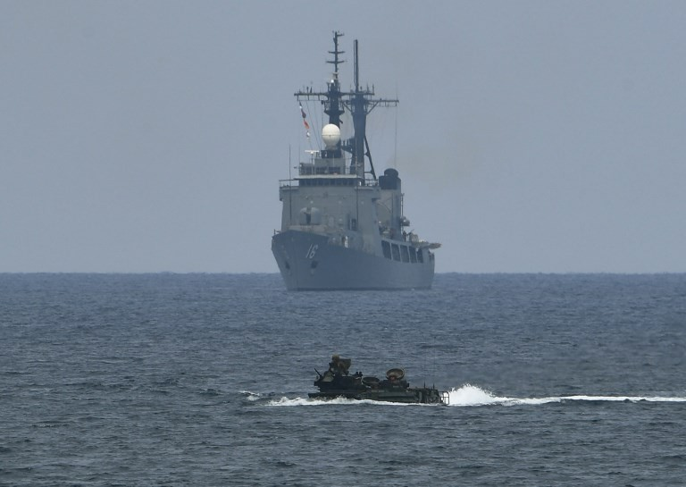 Japanese submarine conducts first drills in South China Sea