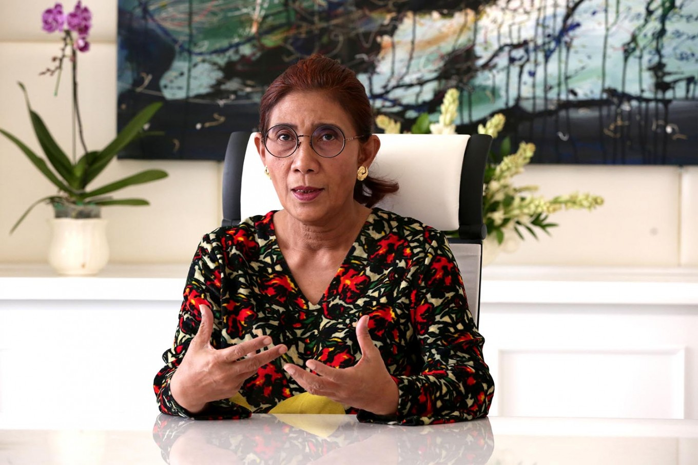 Minister Susi tells fishermen to maintain sustainable way in catching crabs