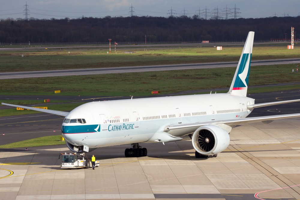 Cathay sells $16,000 premium seats for $675 in ticketing blunder