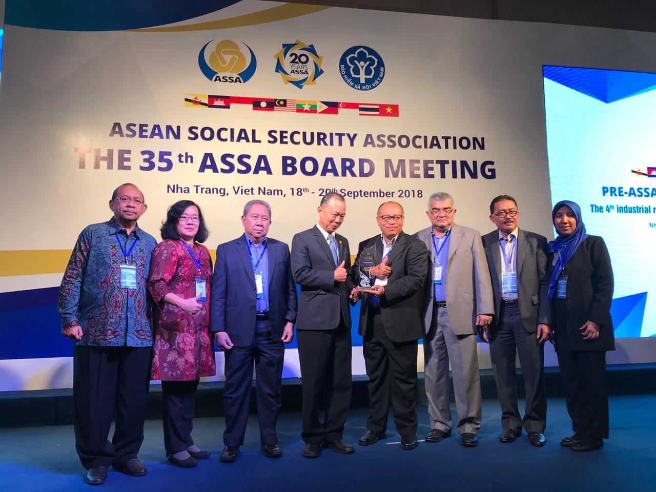 BPJSTKU Application Wins ASSA Recognition Award In Vietnam