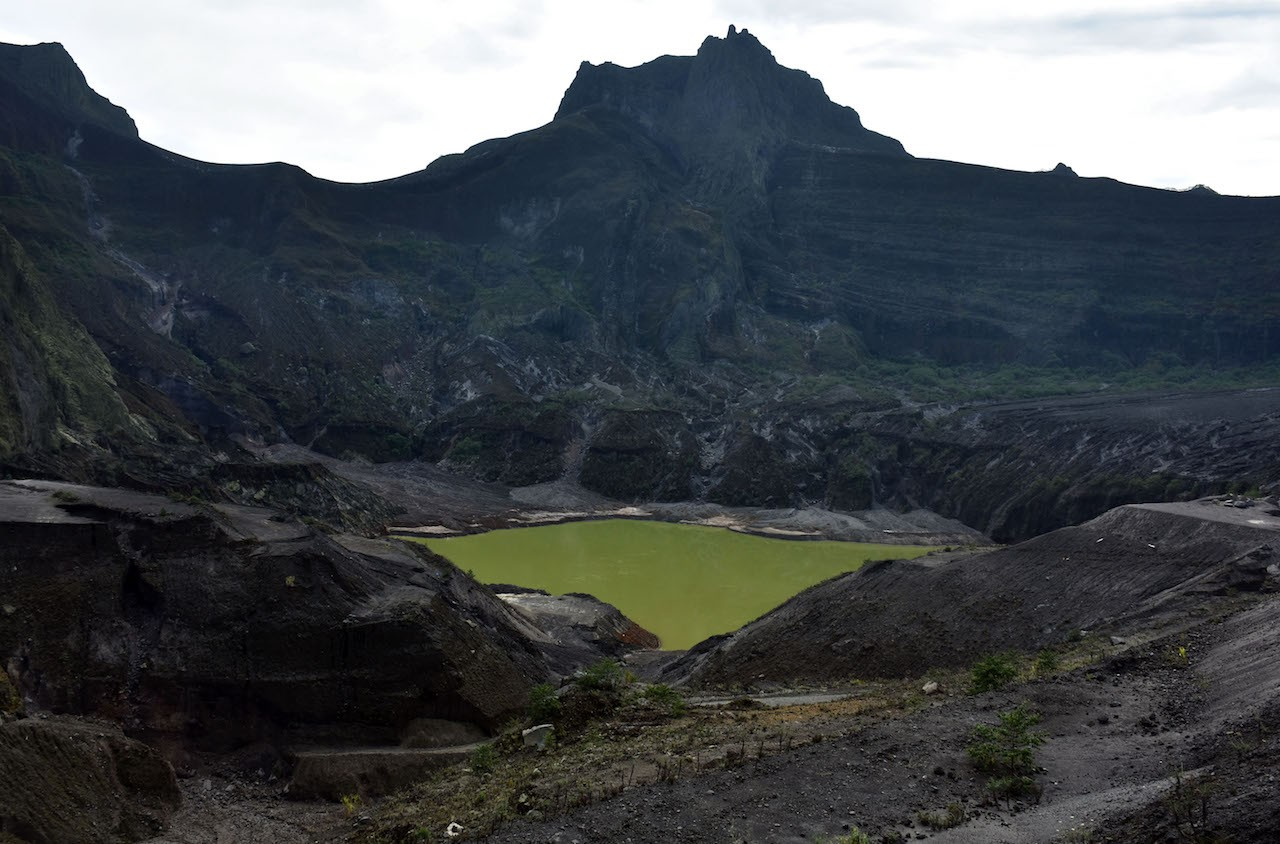 Mount Kelud crater, the place whereLembuSora, a rebellious warrior was believed to have lived.