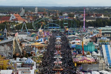 Annual Oktoberfest kicks off in Munich with beer, lederhosen, sausages