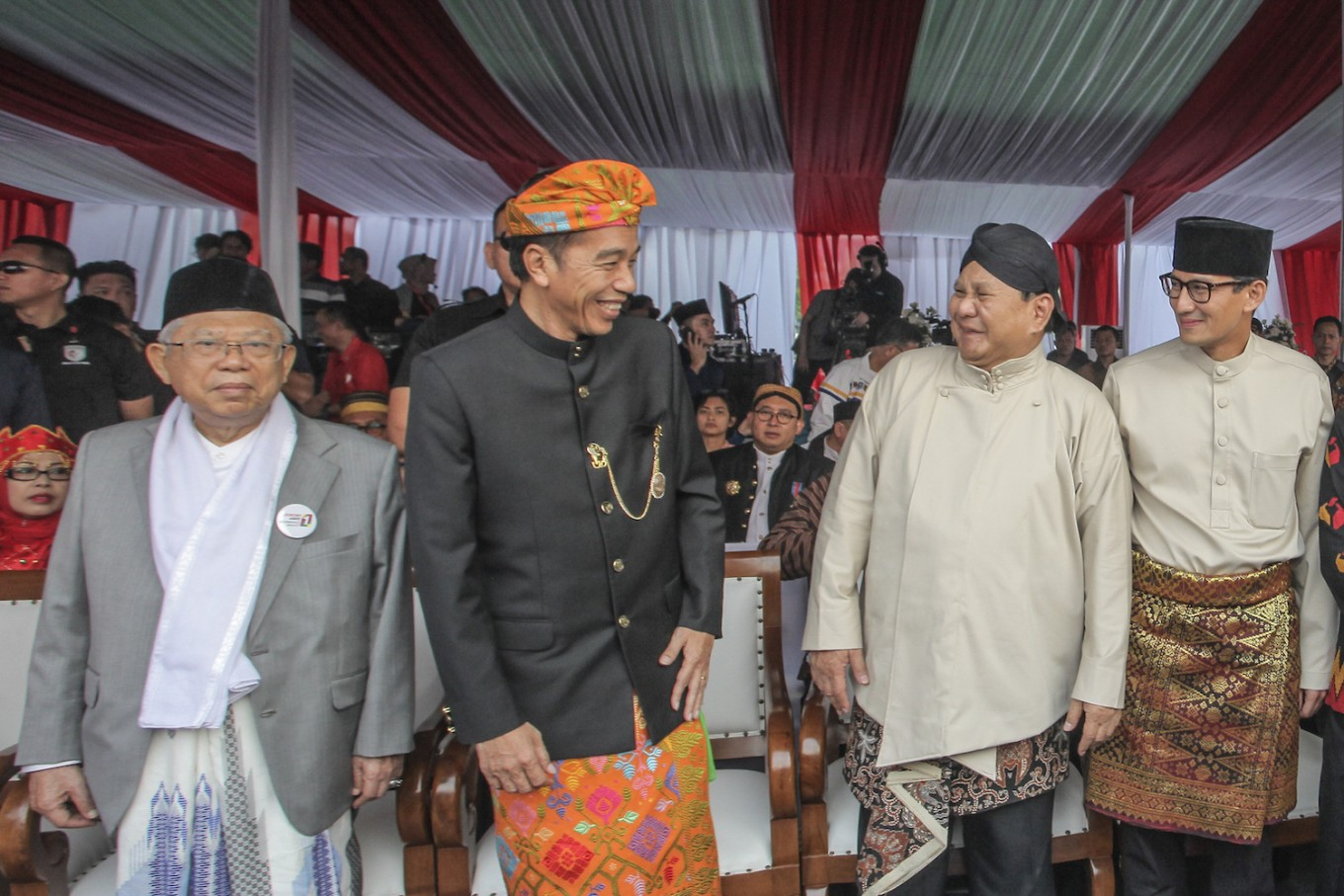 Jokowi, Prabowo campaigns highlight sharia-based economy