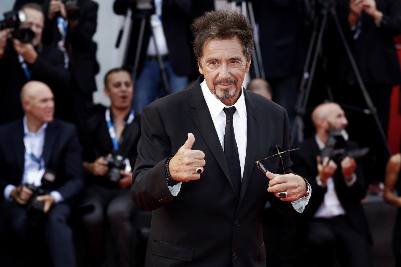Al Pacino dates actress half his age