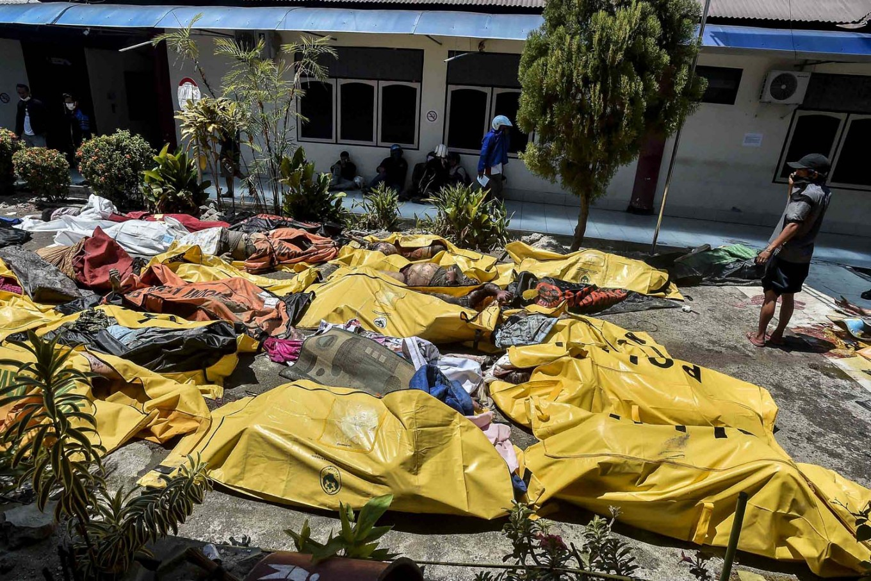 c sulawesi earthquake tsunami victims to be buried soon