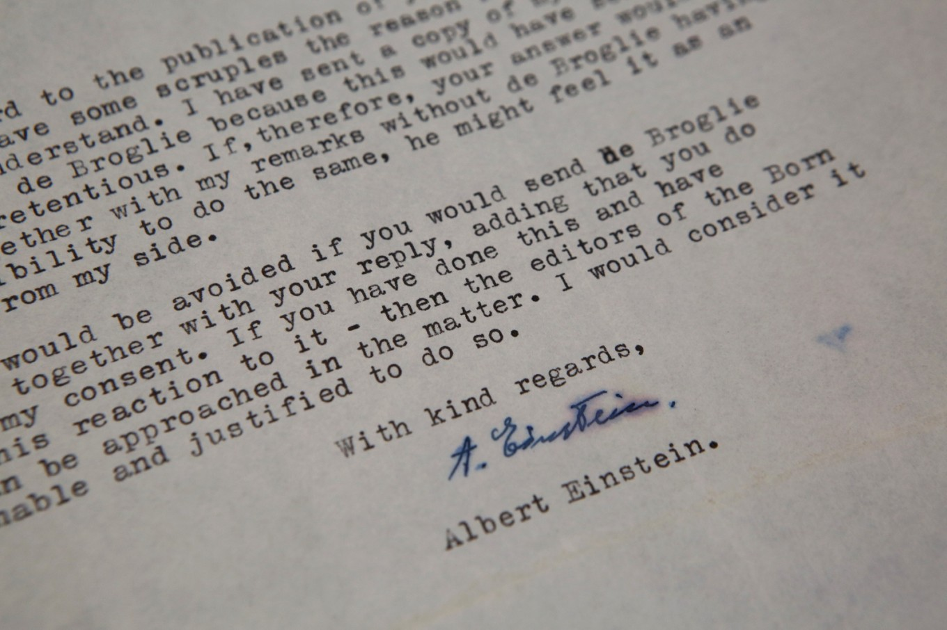 Einstein letter doubting God auctioned for $2.89 million