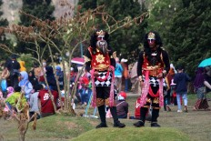 Local dancers perform during the festival. JP/Maksum Nur Fauzan