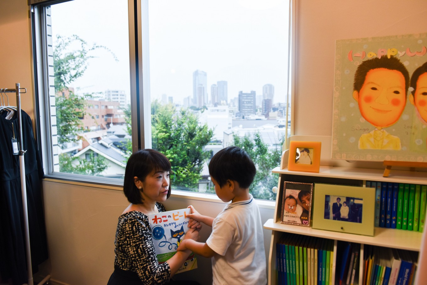 Mothers in Japan face hurdle after hurdle in returning to work