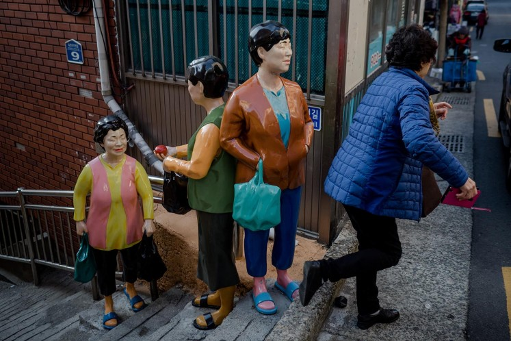 Transforming Gamcheon Into Touristy Village