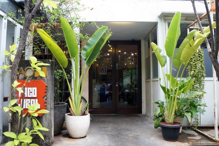 An entrance to Pelaspas Dharmawangsa in South Jakarta.