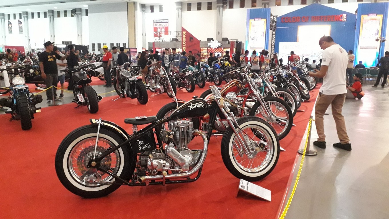The exhibition displays 155 custom motorbikes and 28 custom cars.