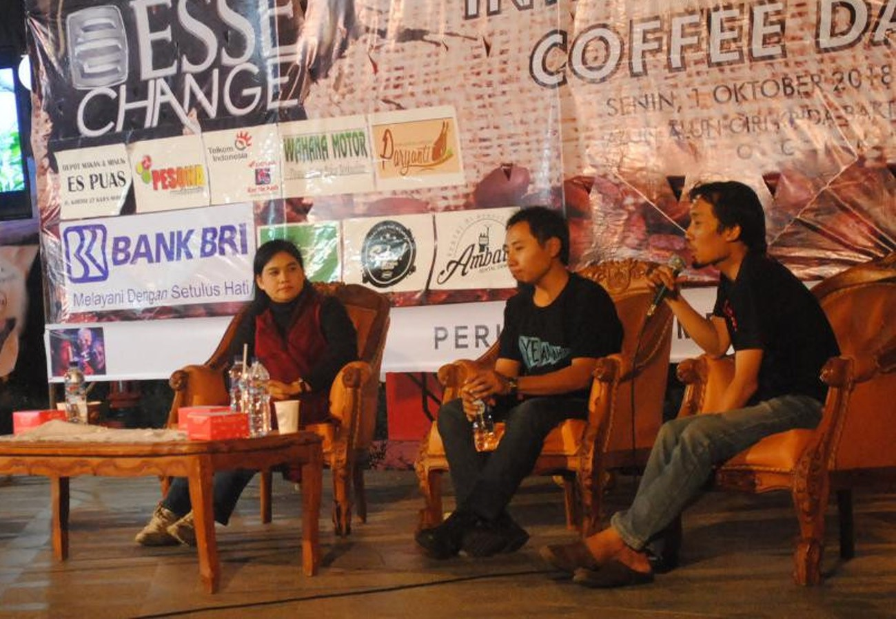The Wonogiri Coffee Community holds a panel discussion in commemoration of World Coffee Day on Oct. 1 in Wonogiri, Central Java.