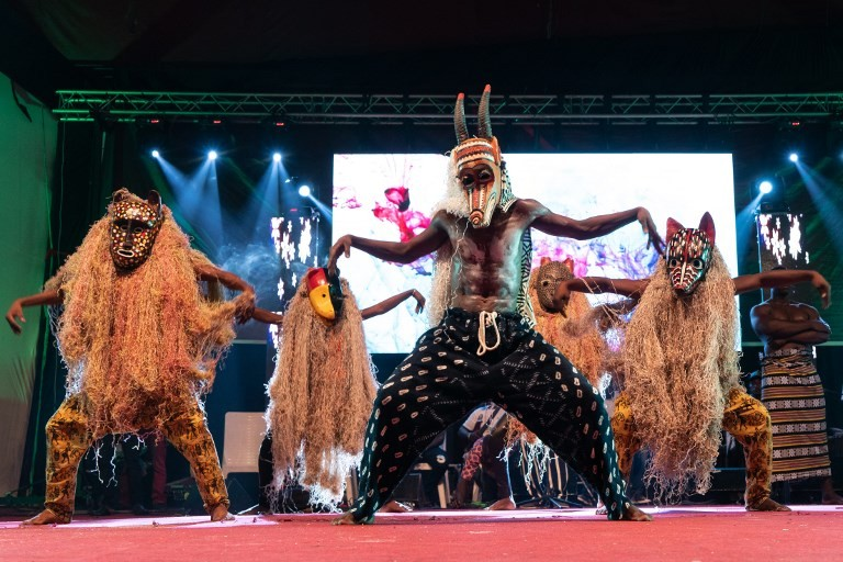 In fractured Mali, dance contest offers a sense of unity