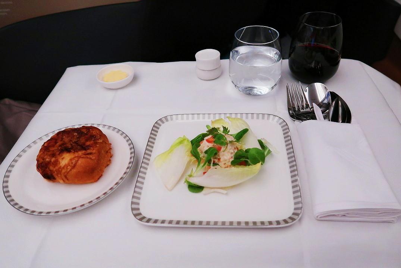 Midflight meal for Business Class passengers.